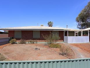 Low Maintenance Brick 3 x 1 Property - Kambalda West