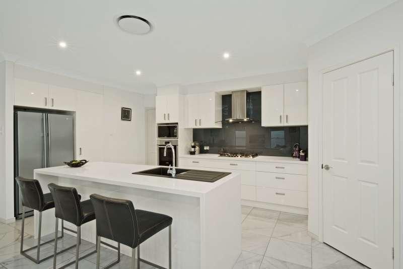 5 Gordon Crescent, Mango Hill, QLD 4509