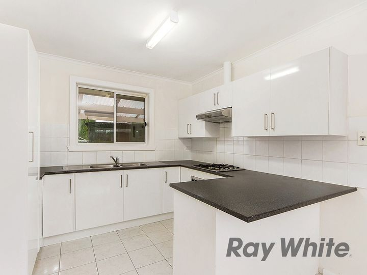 3 Diss Court, St Albans, VIC