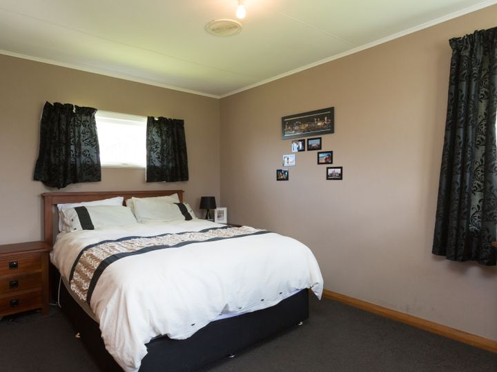3 Woburn Place, Takaro, Palmerston North City