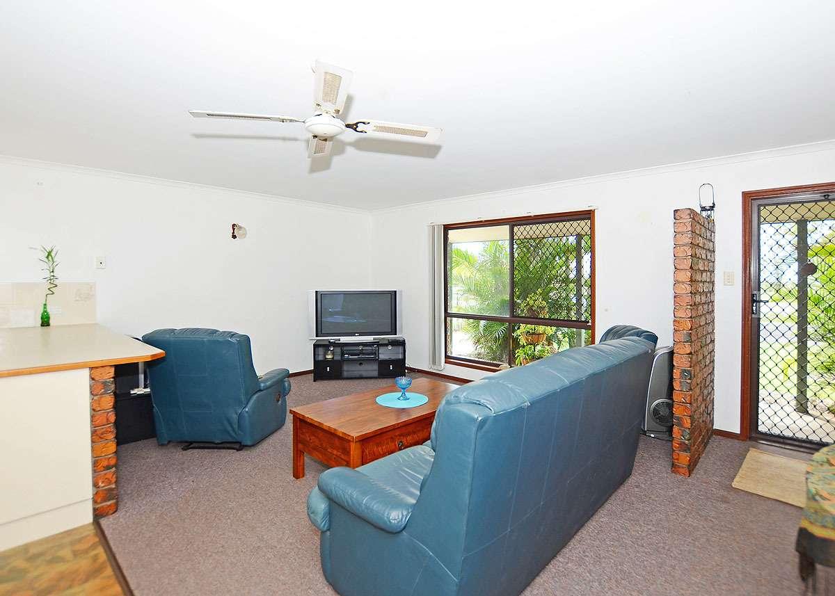 143 Pulgul Street, Urangan, QLD 4655