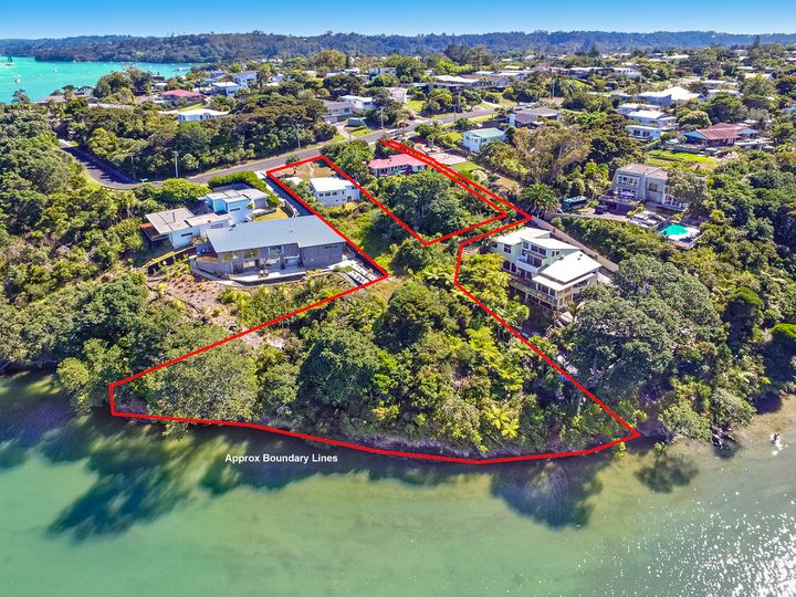 42 Neptune Avenue, Beach Haven, North Shore City
