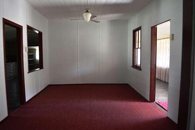 58 Garden Street, Blackall, QLD 4472