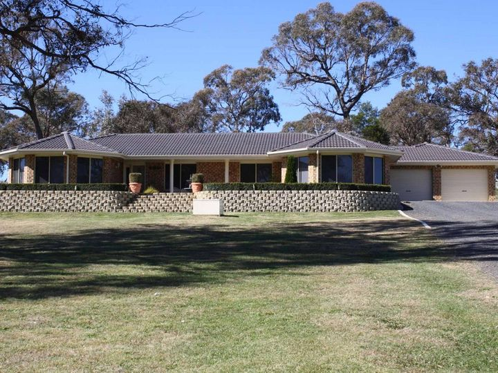 6 Tavy Farm Court, Glen Innes, NSW