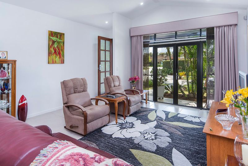 12/299 Napper Road, Arundel, QLD - Residential House Sold