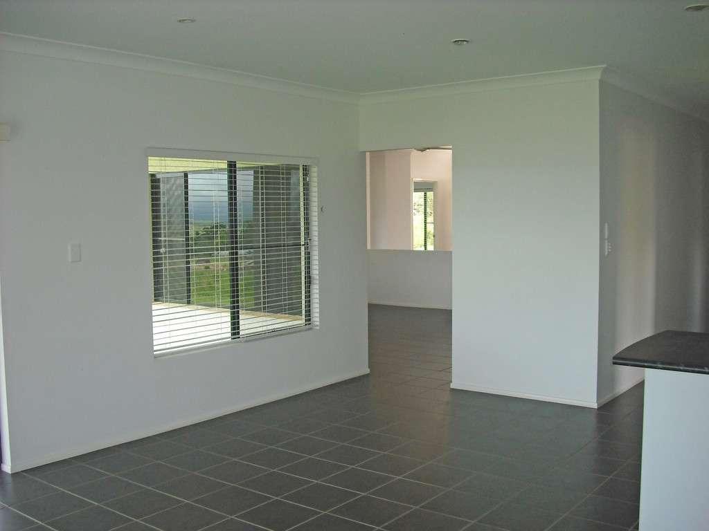 17 Jannina Drive, ATHERTON, QLD 4883