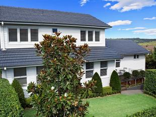 Beautifully Renovated Family Entertainer at Premier Address - Allambie Heights