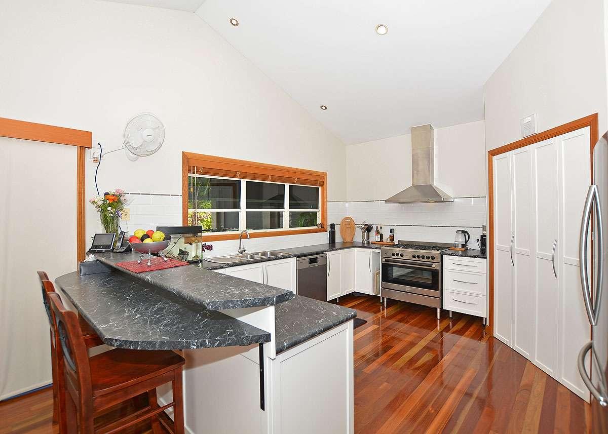 8 Rockyglen Court, Craignish, QLD 4655