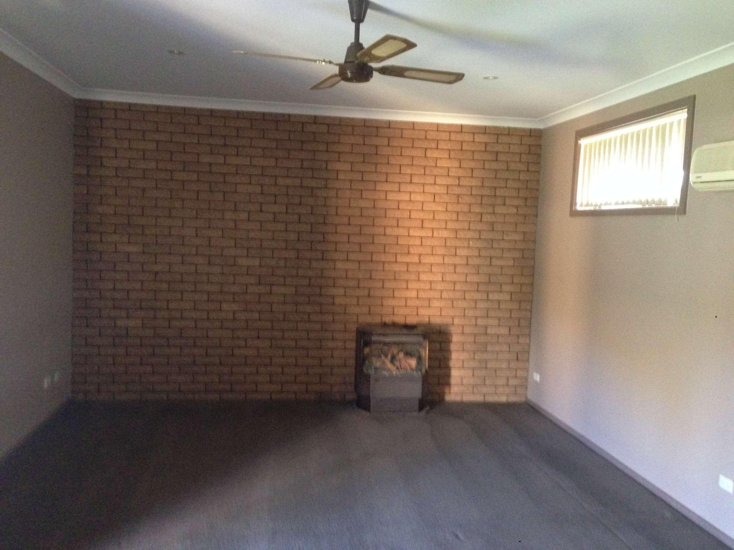 100 Close Street, Parkes, NSW 2870