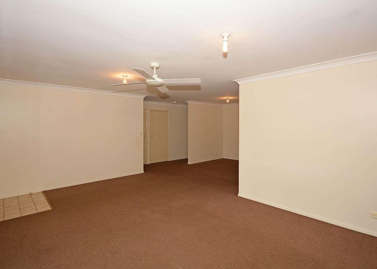 10 Gatakers Lane, Point Vernon, QLD 4655