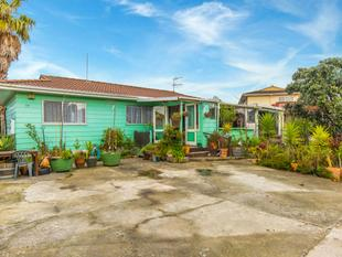 """""""DO UP & POTENTIAL SUBDIVISION"""" #1 - Mangere East"""