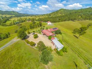 A LIFESTYLE FARM WITH YEARLY $50,000+ PASSIVE INCOME! - Mount Kilcoy