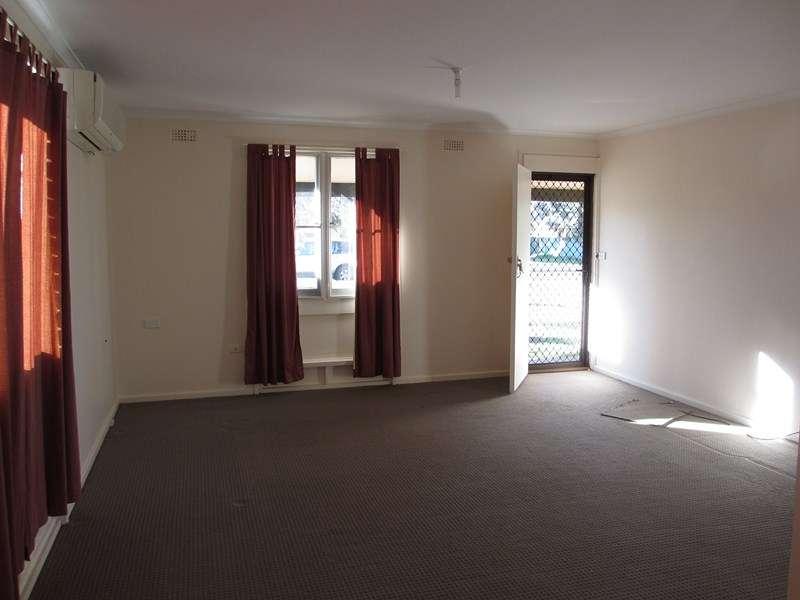 32 Cedar Crescent, Forbes, NSW 2871