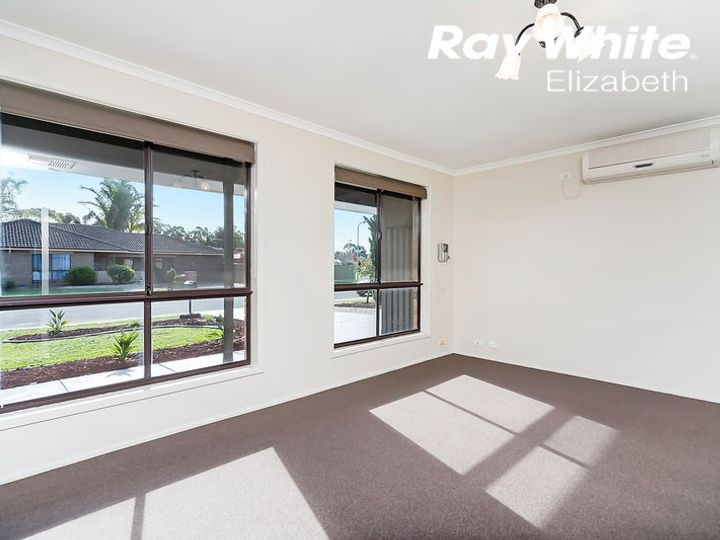 4 Federation Way, Andrews Farm, SA