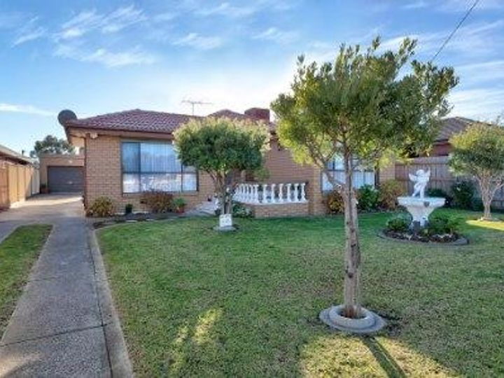 70 Main Rd East, St Albans, VIC