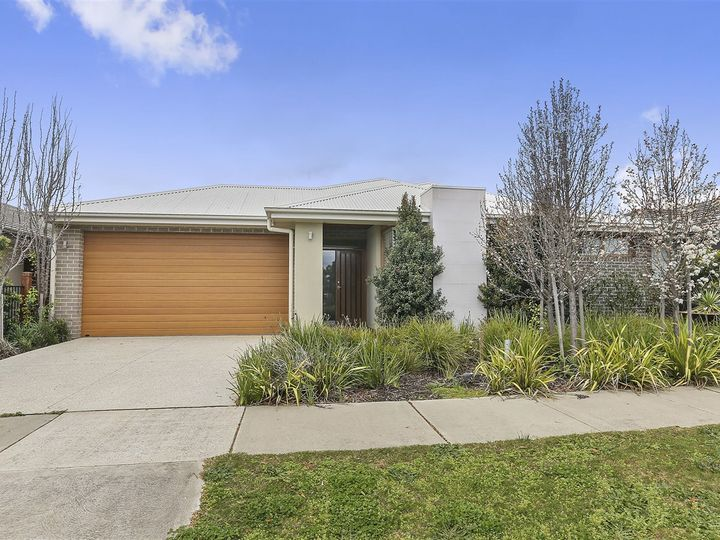 12 Paraffin Drive, Leopold, VIC
