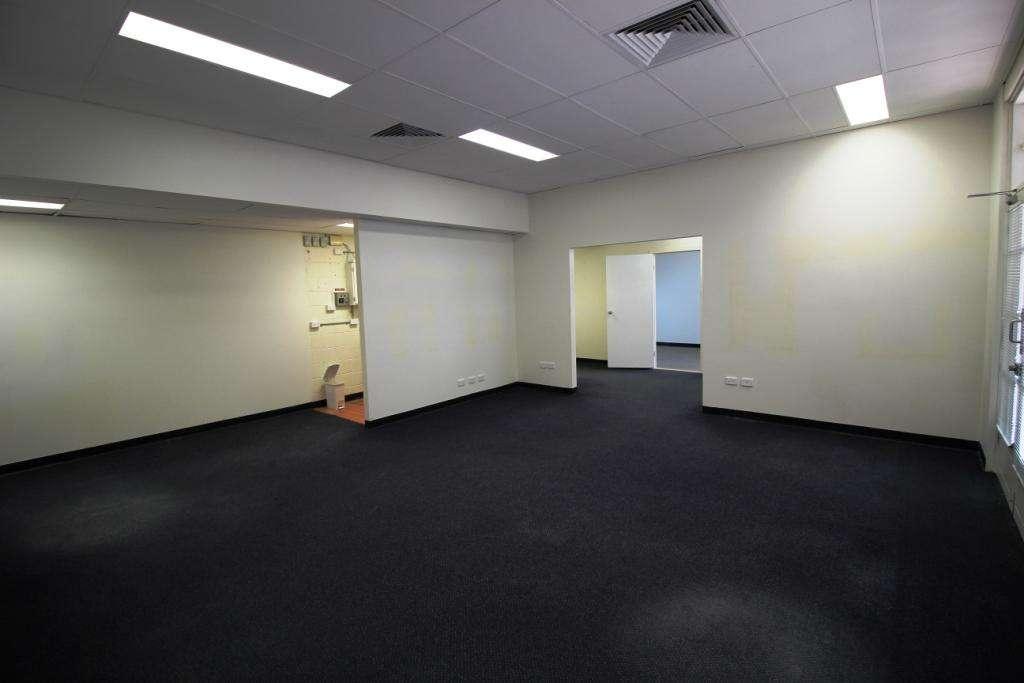 27/12-14 Lake Street, Cairns, QLD 4870