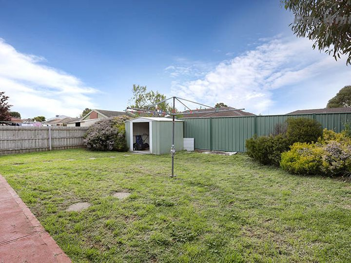 12 Inns Place, Hoppers Crossing, VIC