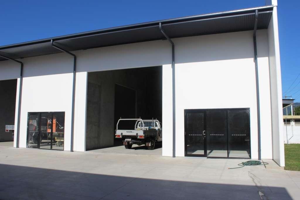 93 - 95 Cook Street, Cairns, QLD 4870