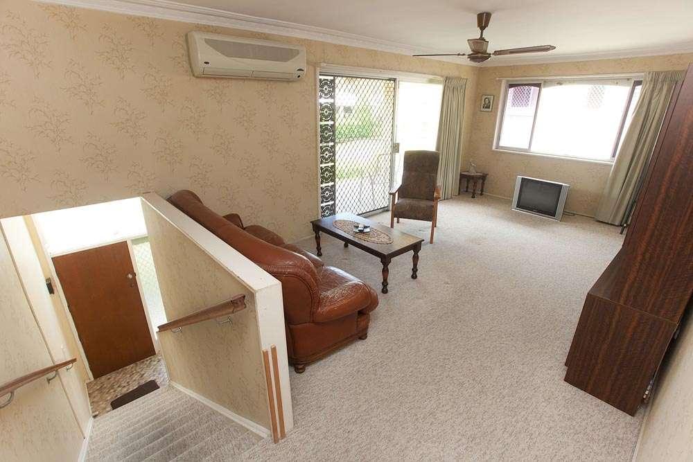 10 Fairearth Street, The Gap, QLD 4061