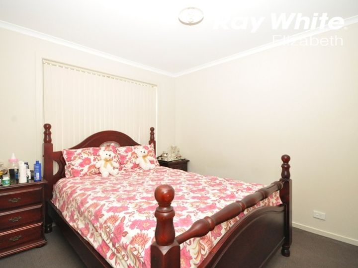 21 Cork Avenue, Andrews Farm, SA