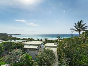 CYLINDER BEACH - VIEWS AND NORTH FACING - Point Lookout