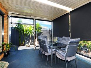 Luxury Townhouse Living - Carrum Downs