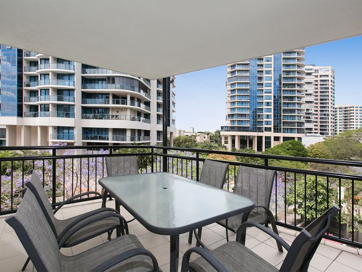 24/15 Goodwin Street, Kangaroo Point, QLD
