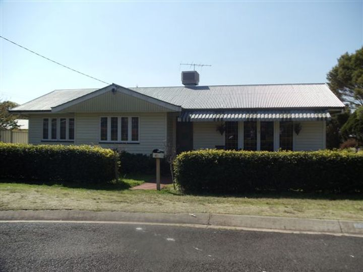 25 Rivett Street, South Toowoomba, QLD