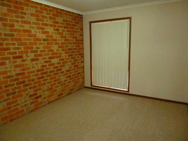 3/7 Kokoda Street, Ashmont, NSW 2650
