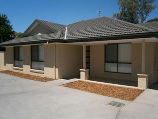 Modern Town home in sought after location - Cootamundra