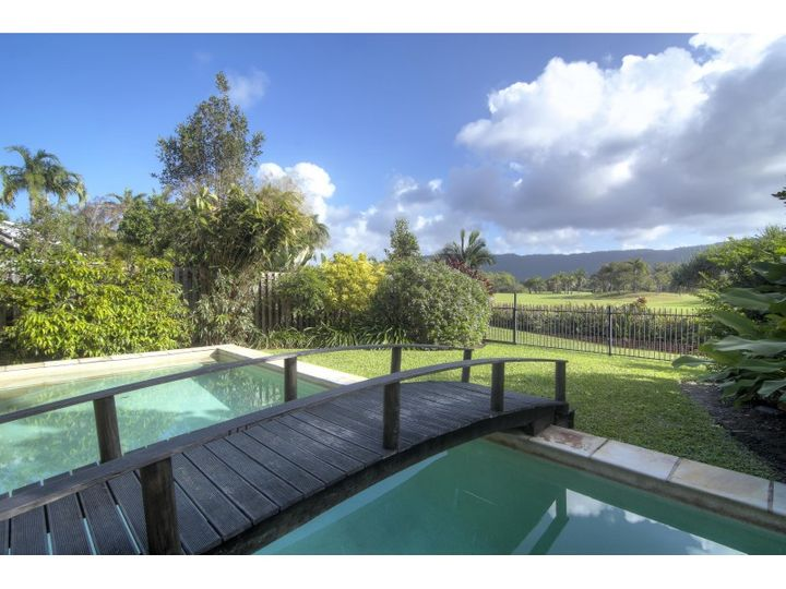 2/11-17 St Crispins Avenue, Port Douglas, QLD