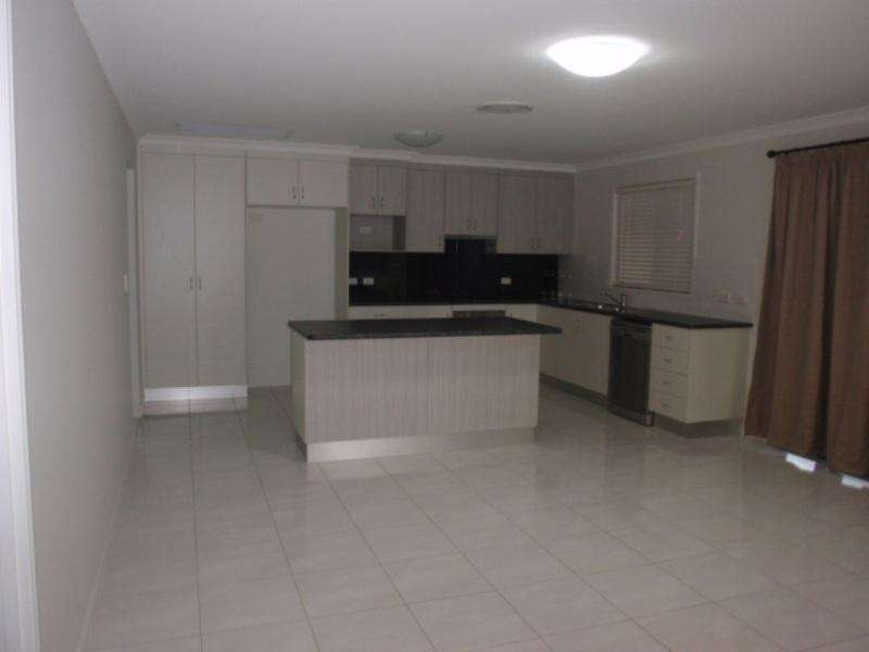 75 LOCH Street, Emerald, QLD 4720