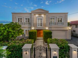 STUNNING FRENCH PROVINCIAL WITH CITY VIEWS - Aspley