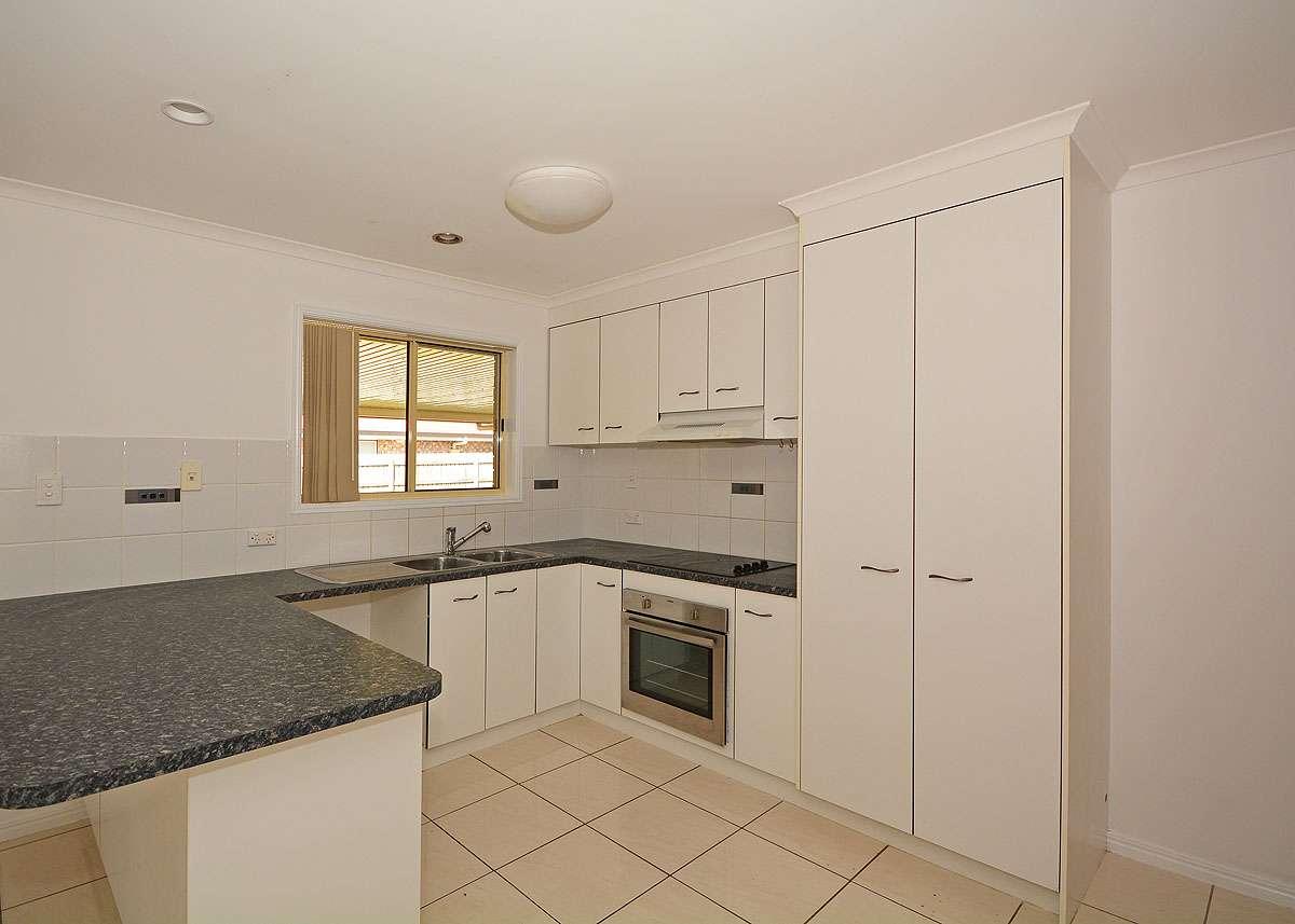14 Sunny Way, Toogoom, QLD 4655