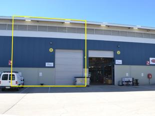 Fantastic Warehouse In Busy Coomera Marine Precinct! - Coomera