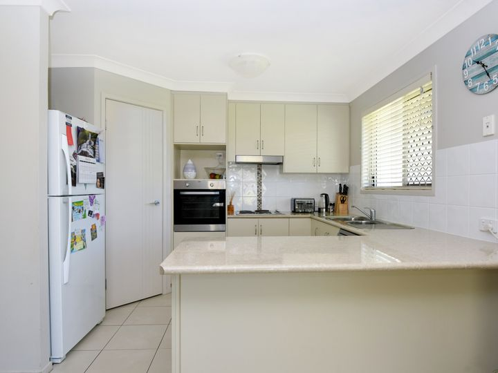 1 Wren Street, Highfields, QLD