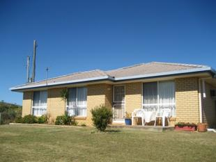 HOUSE and 10 ACRES FOR SALE!! - Bracewell