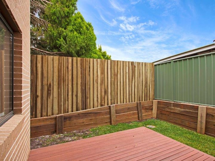 2/128a James Street, South Toowoomba, QLD