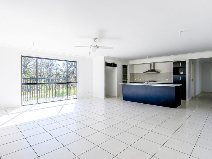 8 Coolridge Circuit, Yarrabilba, QLD