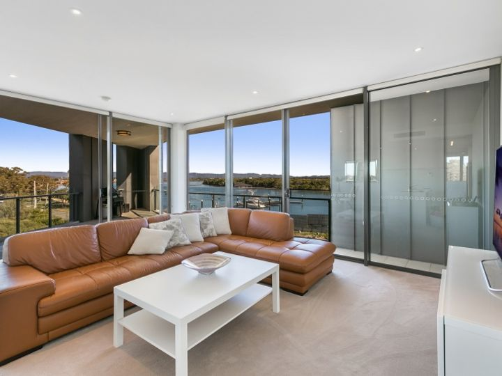 2301/1 Marina Promenade, Paradise Point, QLD