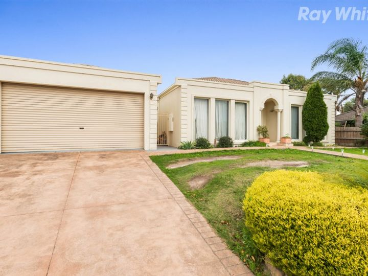 55 Airedale Way, Rowville, VIC