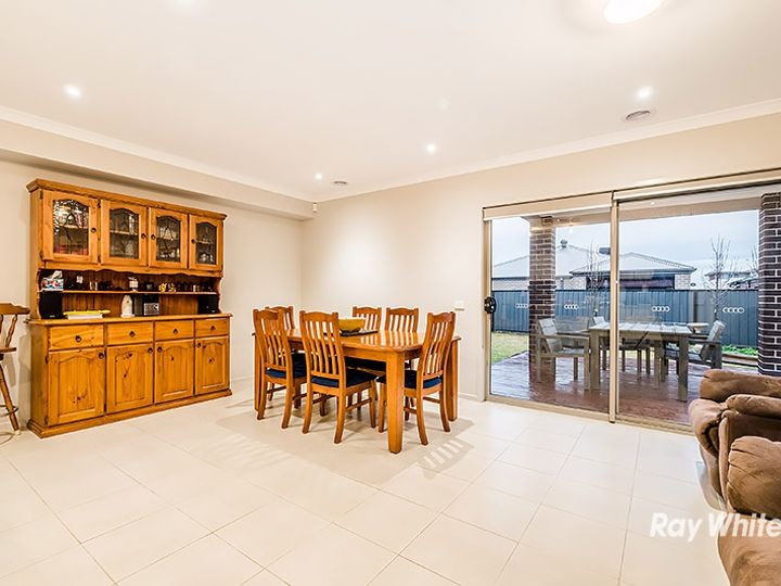 20 Dream Avenue, Clyde North, VIC