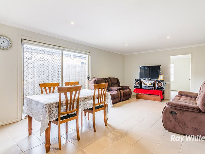 21 Pepperbush Circuit, Cranbourne, VIC
