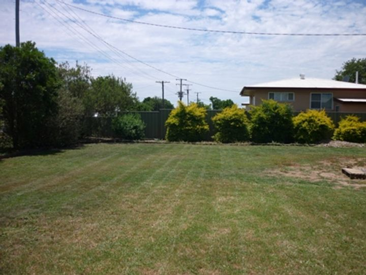 208 Victoria Street, St George, QLD