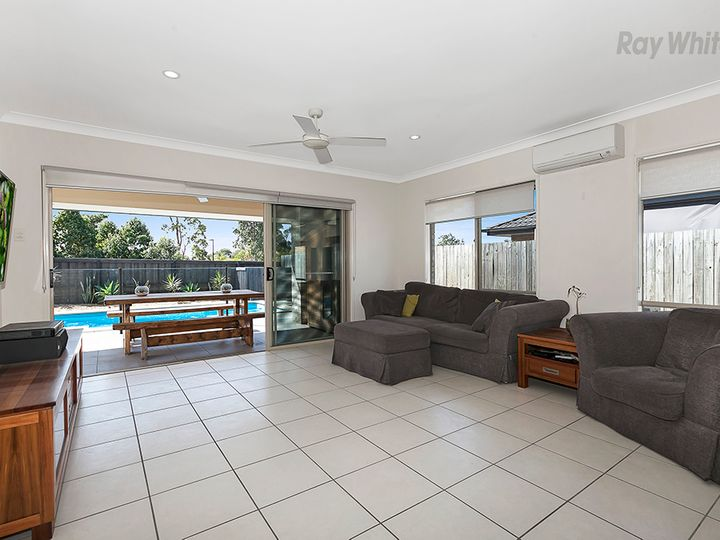 40 Trump Circuit, North Lakes, QLD