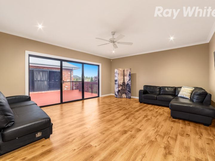 63 Wilton Vale Road, South Morang, VIC