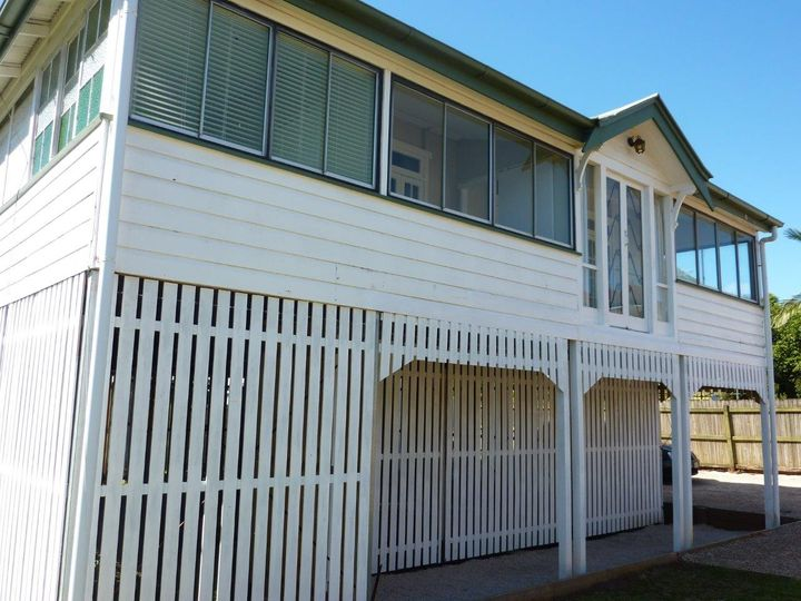 87 Preston Road, Manly West, QLD