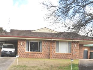 Deceased Estate - Excellent town house in sought after area - Cootamundra