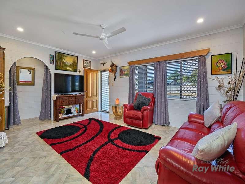 4 Duyfken Street, Bentley Park, QLD 4869
